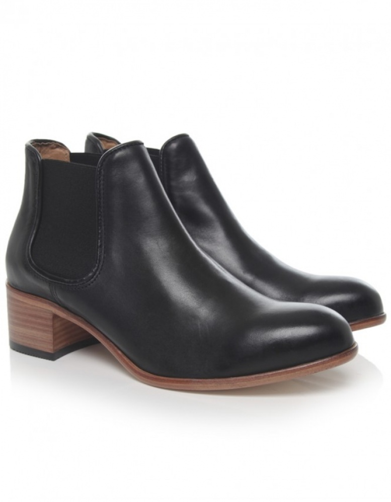 women 39 s h by hudson bronte chelsea boots available at jules b. Black Bedroom Furniture Sets. Home Design Ideas