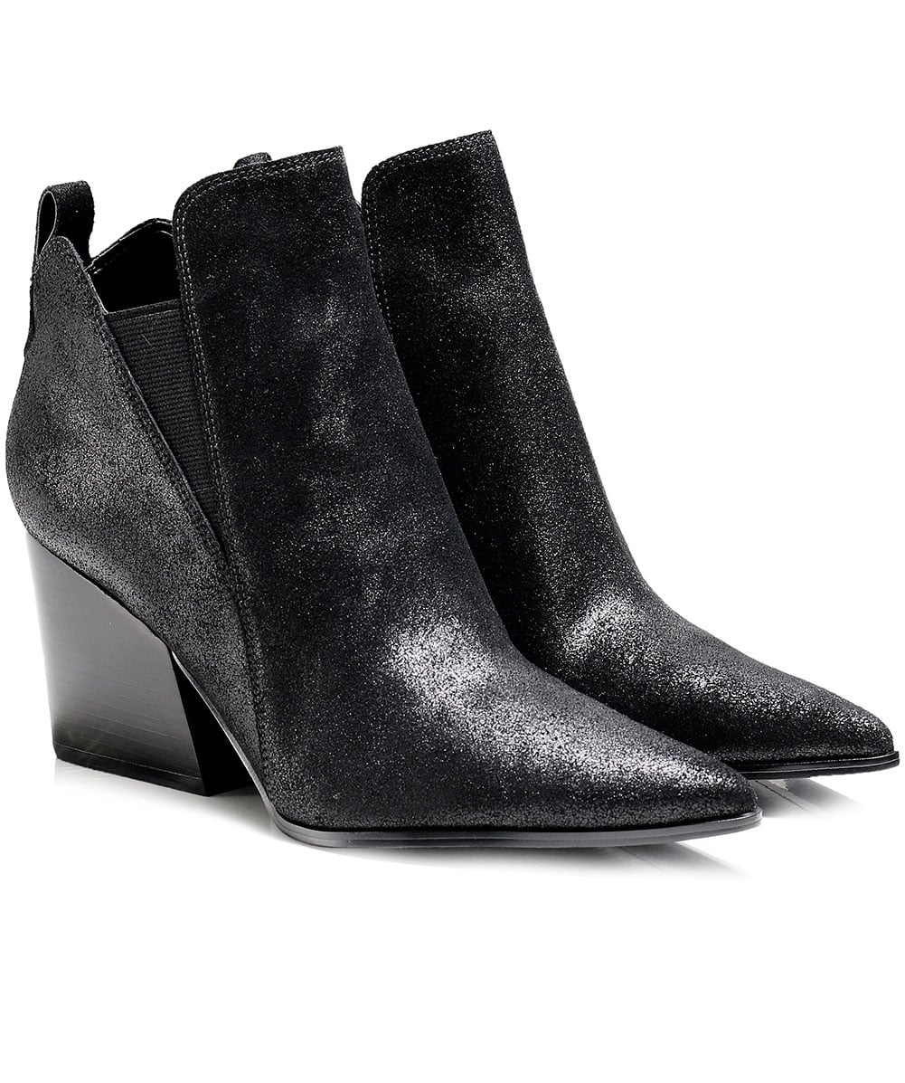 6dc0e369136e Kendall and Kylie Cracked Leather Fox Ankle Boots
